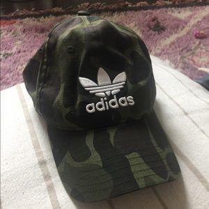 Adidas camo hat